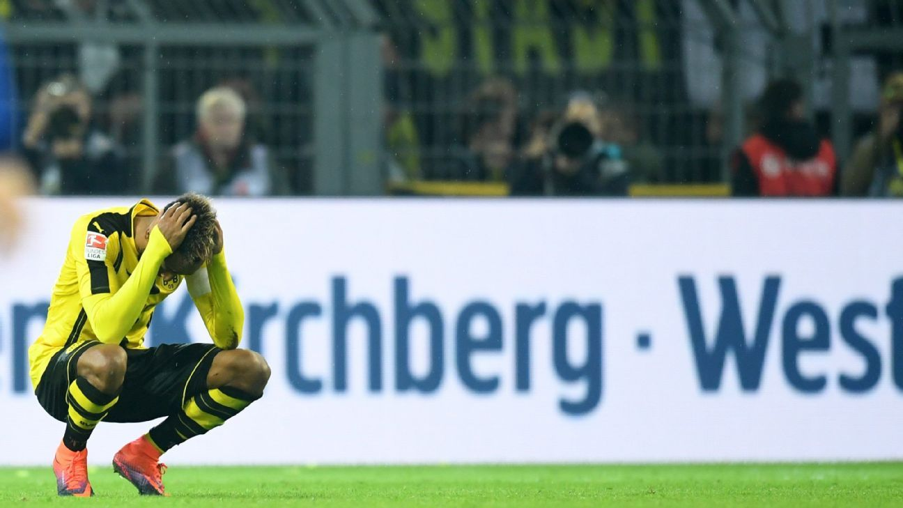 Dortmund's Pierre-Emerick Aubameyang reacts after the German Bundesliga soccer match between Borussia Dortmund and Hertha BSC Berlin at the Signal Iduna Park, in Dortmund, Germany, 14 October 2016. The match ended in a 1-1 draw.