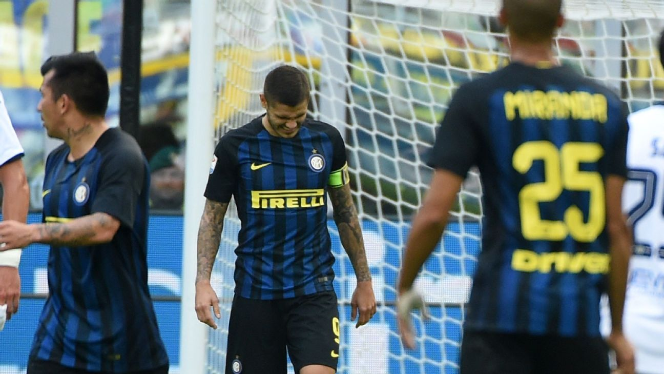 Mauro Icardi missed a penalty for Inter.