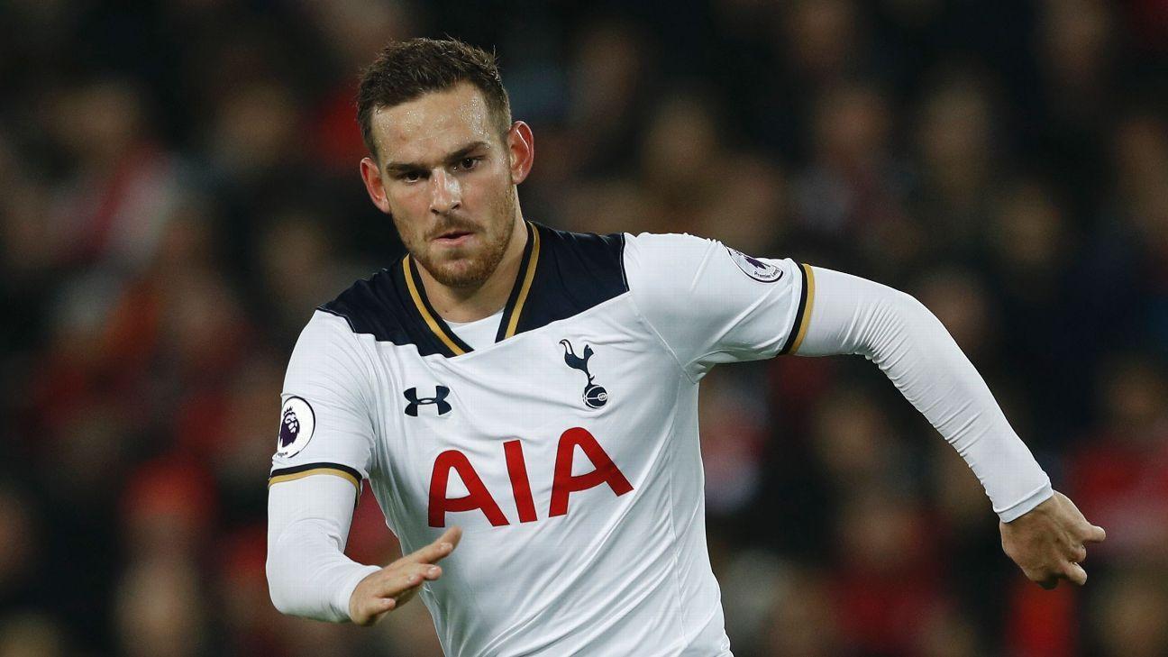 Football Soccer Britain - Liverpool v Tottenham Hotspur - EFL Cup Fourth Round - Anfield - 25/10/16  Tottenham's Vincent Janssen