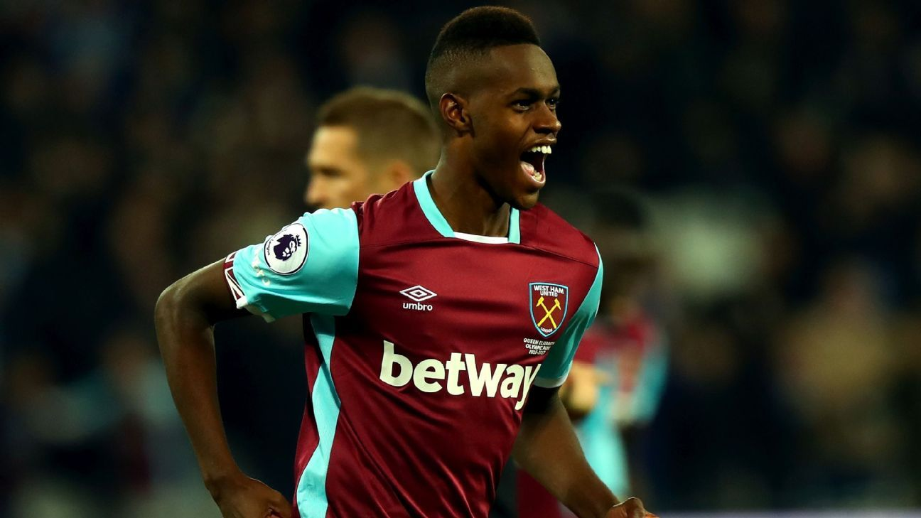 Edmilson Fernandes celebrates after scoring West Ham's second goal.
