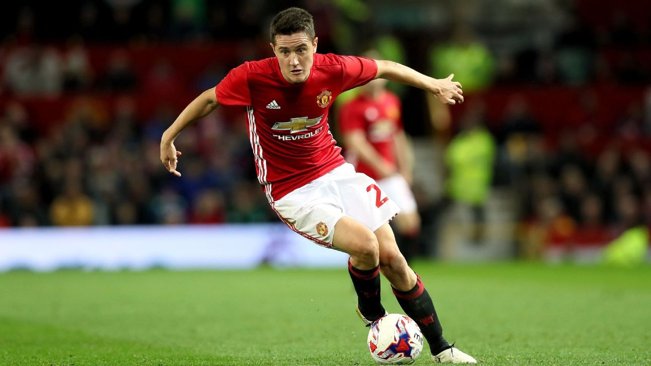Man United wait on Ander Herrera fitness ahead of Man City - sources