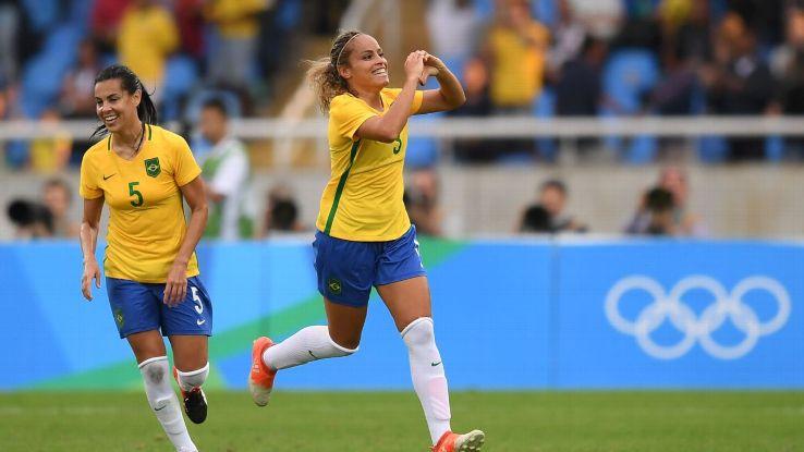 Monica Hickmann Alves