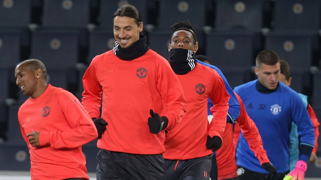 Zlatan Ibrahimovic at Man United training