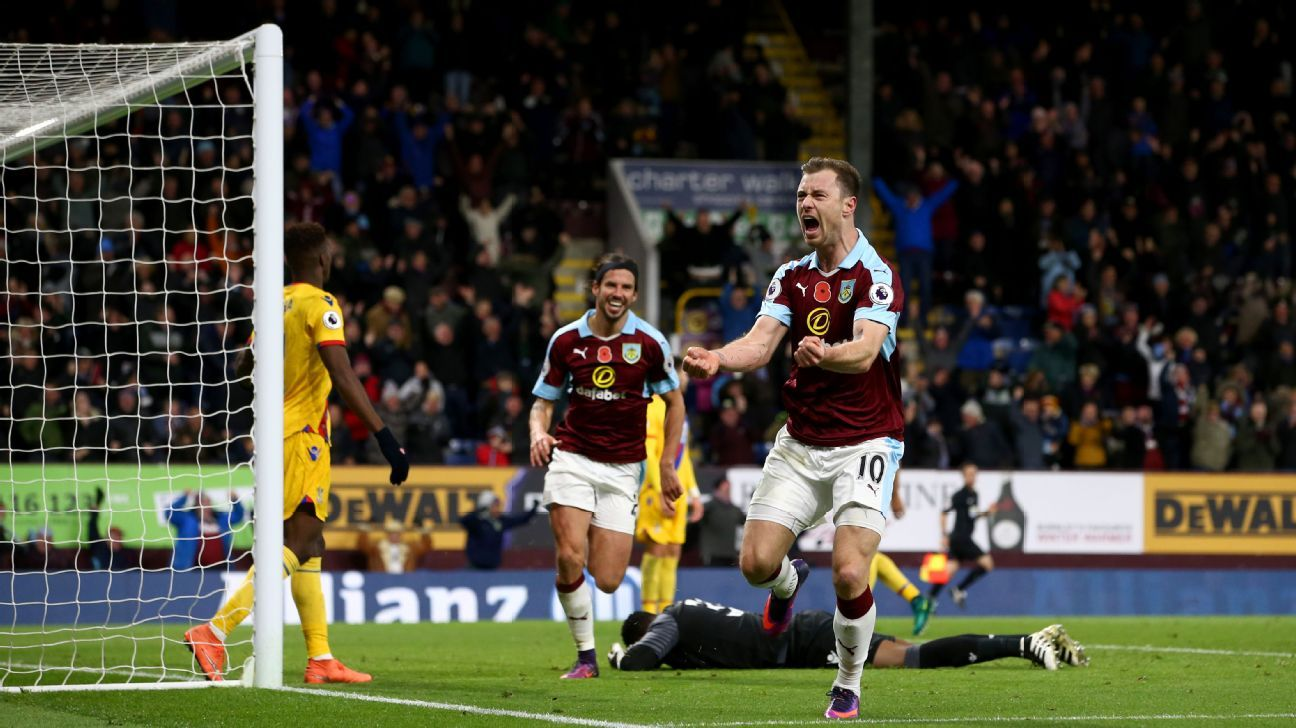 Ashley Barnes scored a late winner for Burnley against Crystal Palace.
