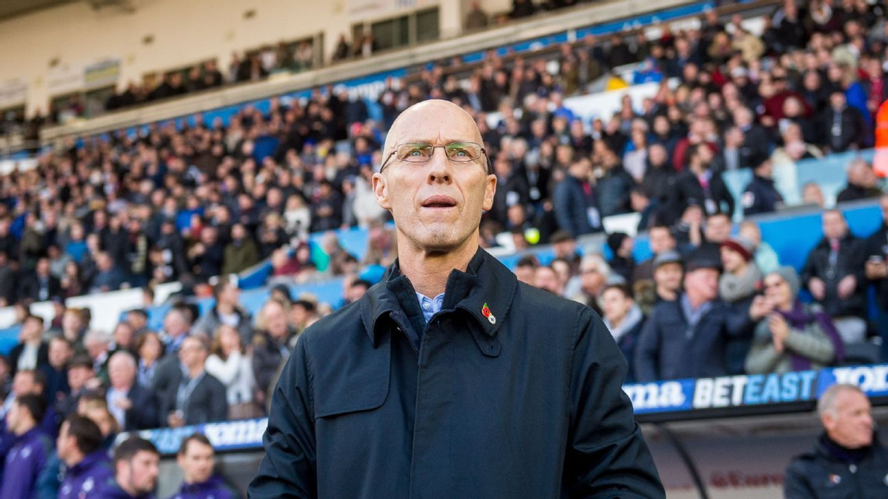 Swansea City manager Bob Bradley during the Premier League match against Manchester United.