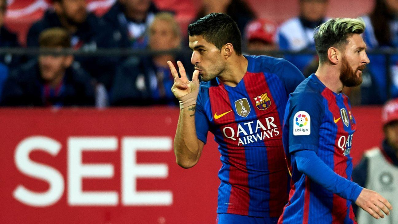Suarez and Messi celeb vs. Sevilla