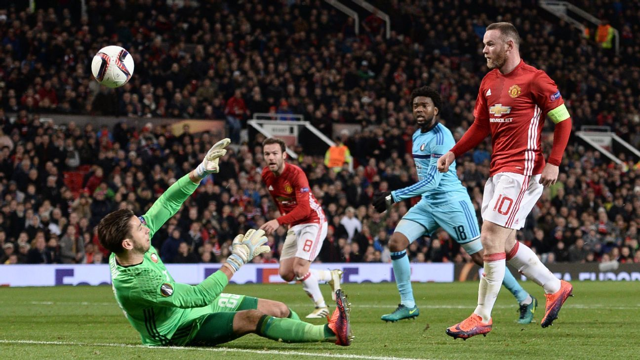 Wayne Rooney opened the scoring for Manchester United.