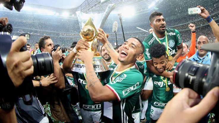 Gabriel Jesus of Palmeiras celebrates with Brazilian Series A 2016 the trophy.