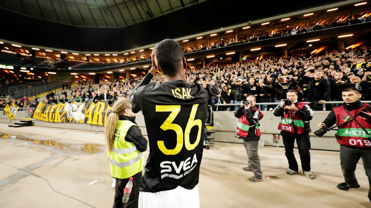 AIK striker Alexander Isak