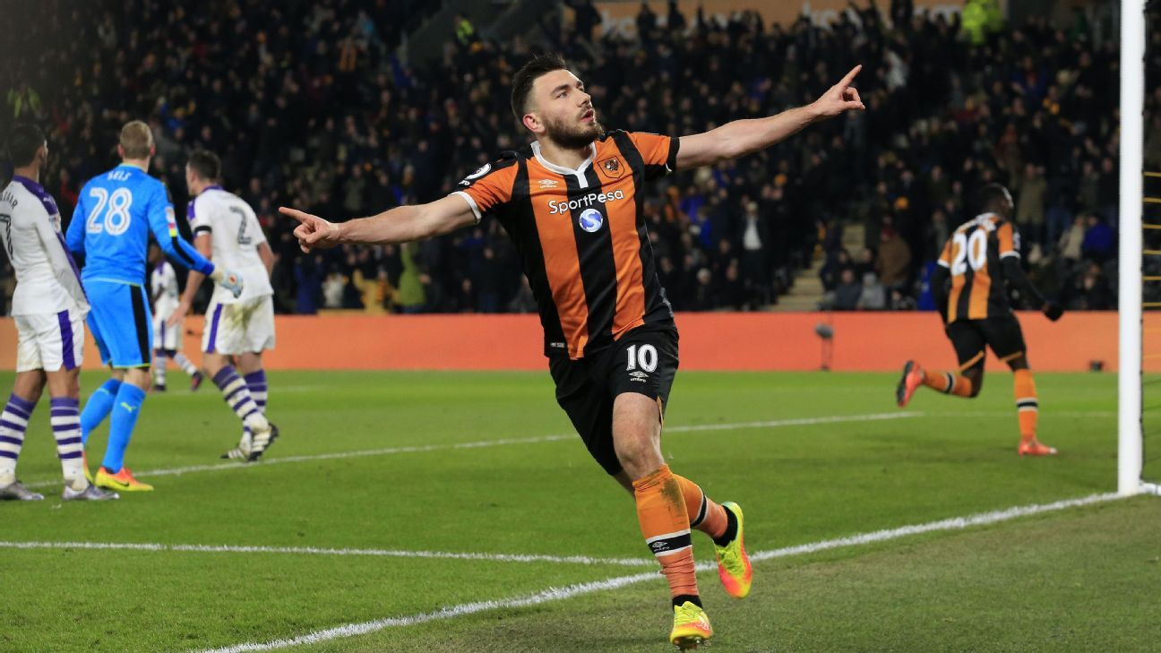 Hull City's Robert Snodgrass celebrates after scoring.