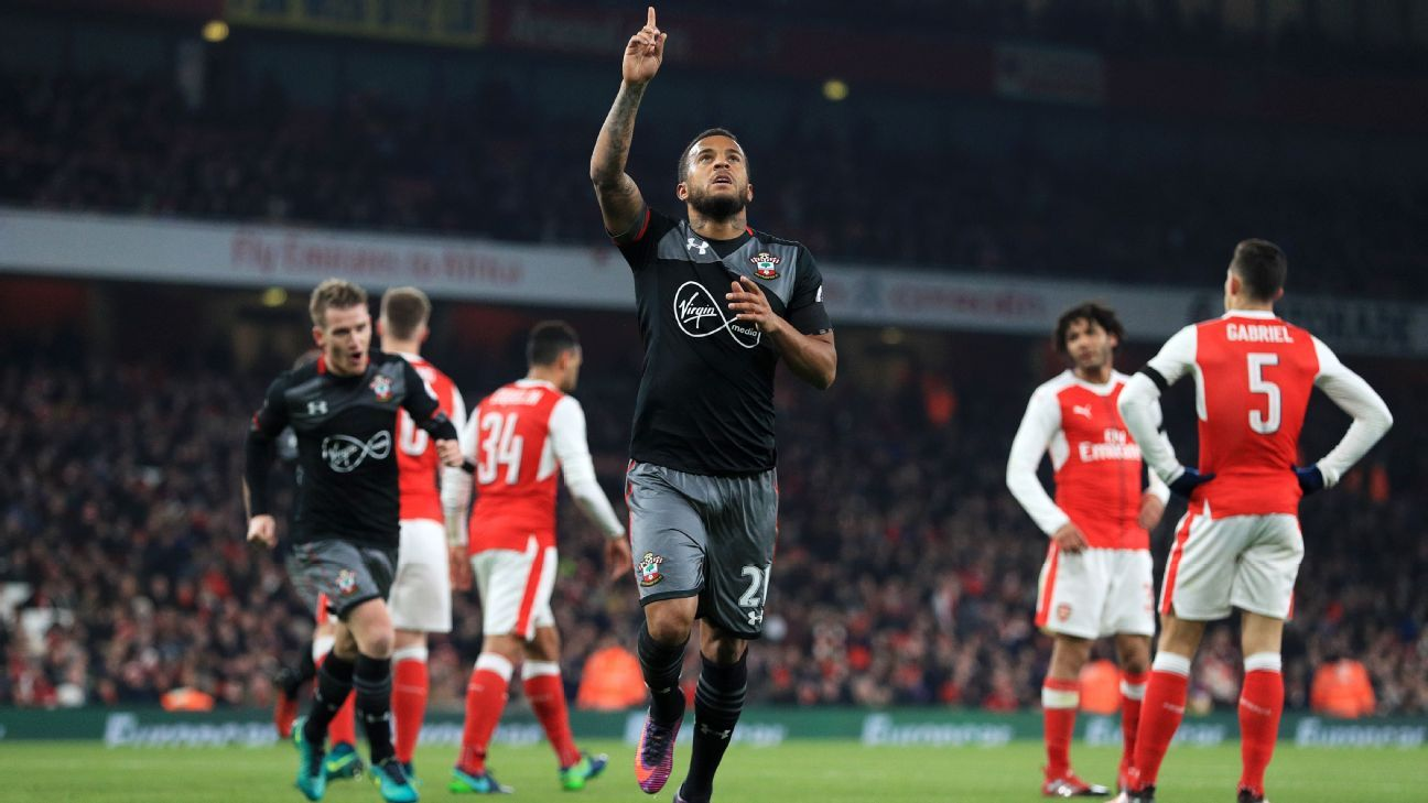 Ryan Bertrand celebrates after doubling Southampton's lead against Arsenal in the EFL Cup.
