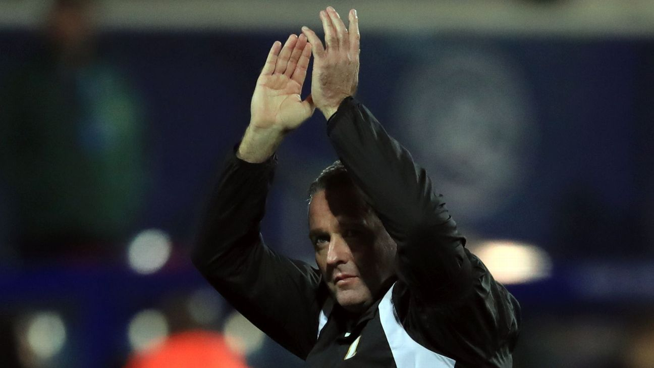 Paul Lambert applauds the Wolves fans after Thursday's win.