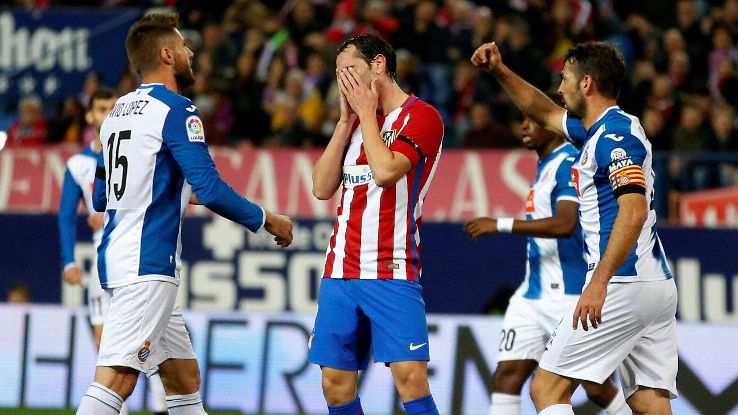 Soccer Football - Atletico Madrid v Espanyol - La Liga Santander - Vicente Calderon, Madrid, Spain -  3/12/16 Atletico Madrid's Diego Godin reacts.