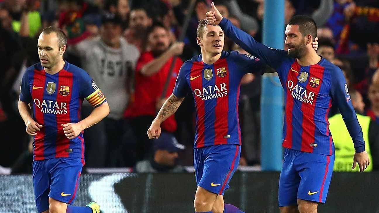 Arda Turan celebrates after scoring a goal for Barcelona against Gladbach.