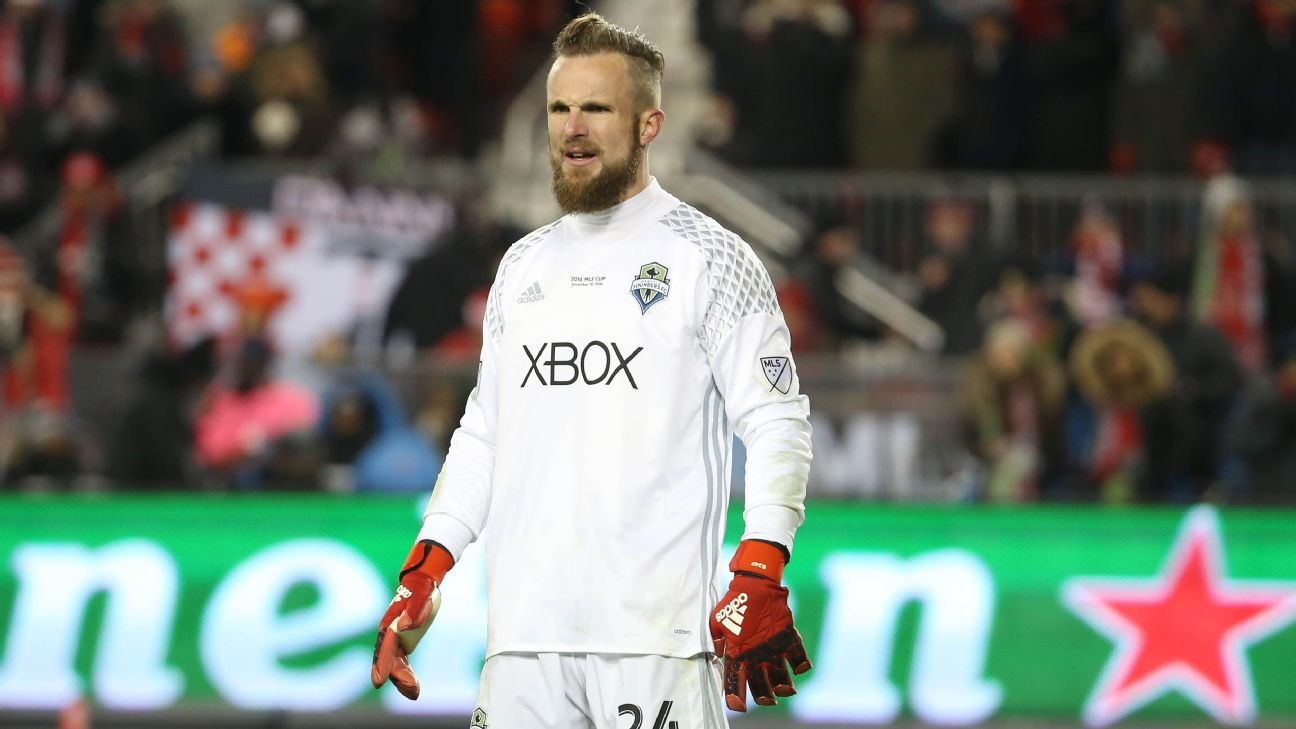 Frei in goal vs Seattle 161210