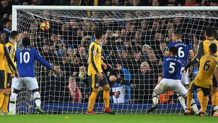 Ashley Williams heads home Everton's winner.