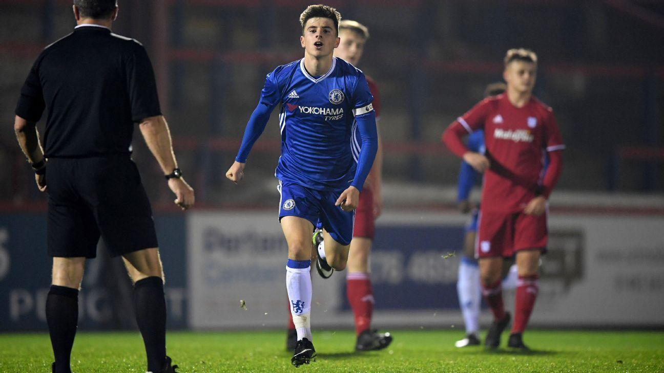 Chelsea youngster Mason Mount