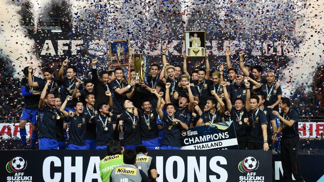 Thailand celebrate winning 2016 AFF Suzuki Cup