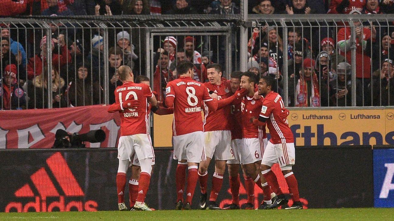 Bayern celeb vs Leipzig 161221