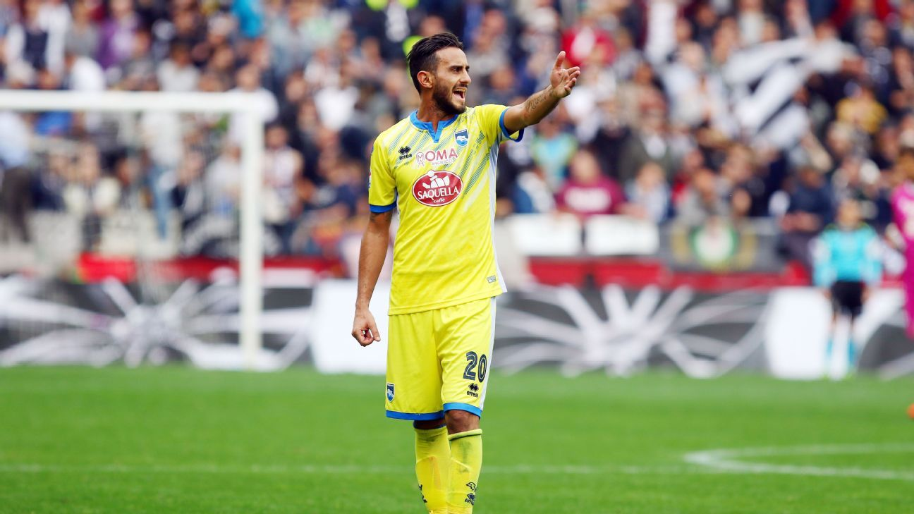 Alberto Aquilani has played for Roma, Juventus, AC Milan and Fiorentina.