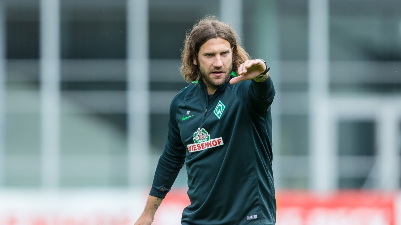 Torsten Frings during his time as assistant coach at Werder Bremen.
