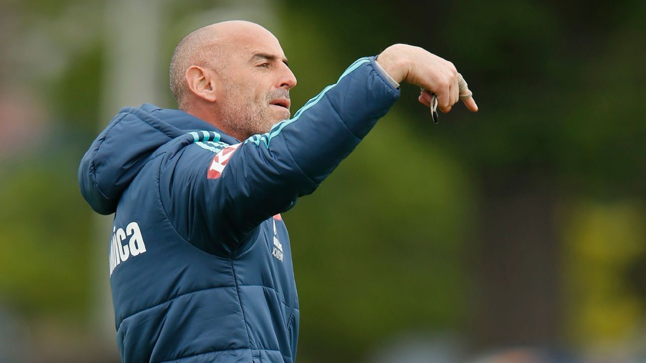 Melbourne Victory coach Kevin Muscat