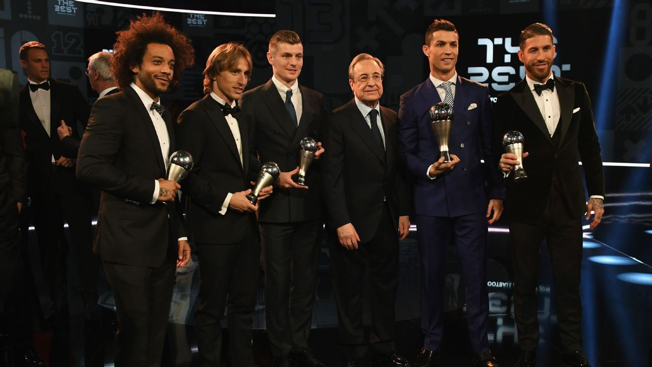 Marcelo, Luka Modric, Toni Kroos, Real Madrid President Florentino Perez, Cristiano Ronaldo and Sergio Ramos and pose with their trophies at The Best FIFA Football Awards.