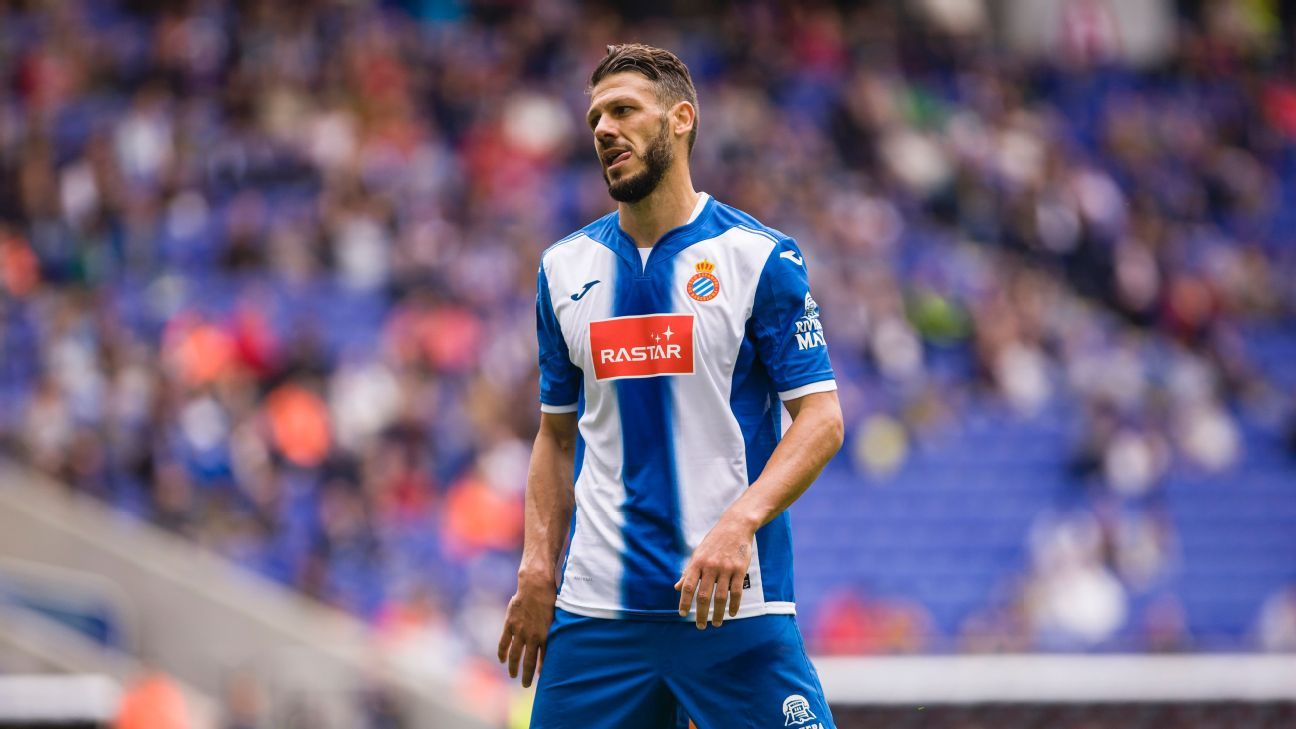 Martin Demichelis during a La Liga game between Espanyol and Eibar.