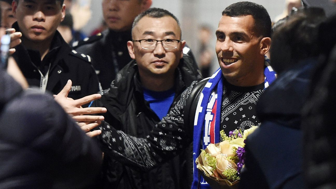 Carlos Tevez arrives at the airport on January 19, 2017 in Shanghai.