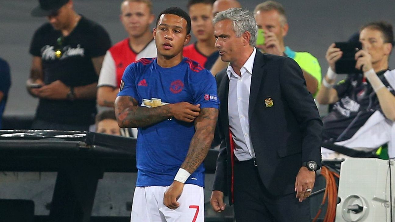 Man United's Jose Mourinho open to re-signing Lyon-bound Memphis Depay