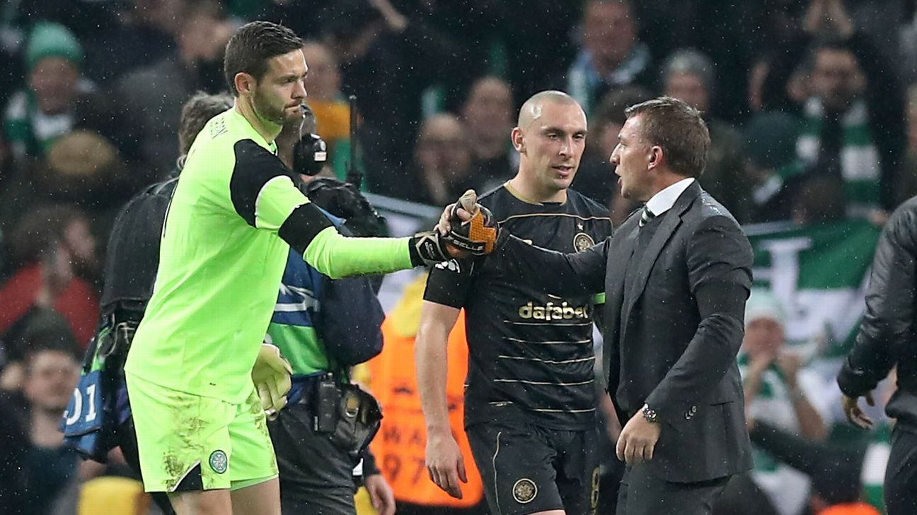 Goalkeeper Craig Gordon signs new Celtic deal after Chelsea interest