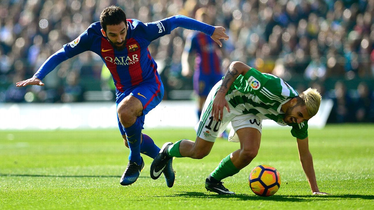 Arda Turan's agent denies contact with Arsenal; client happy at Barcelona