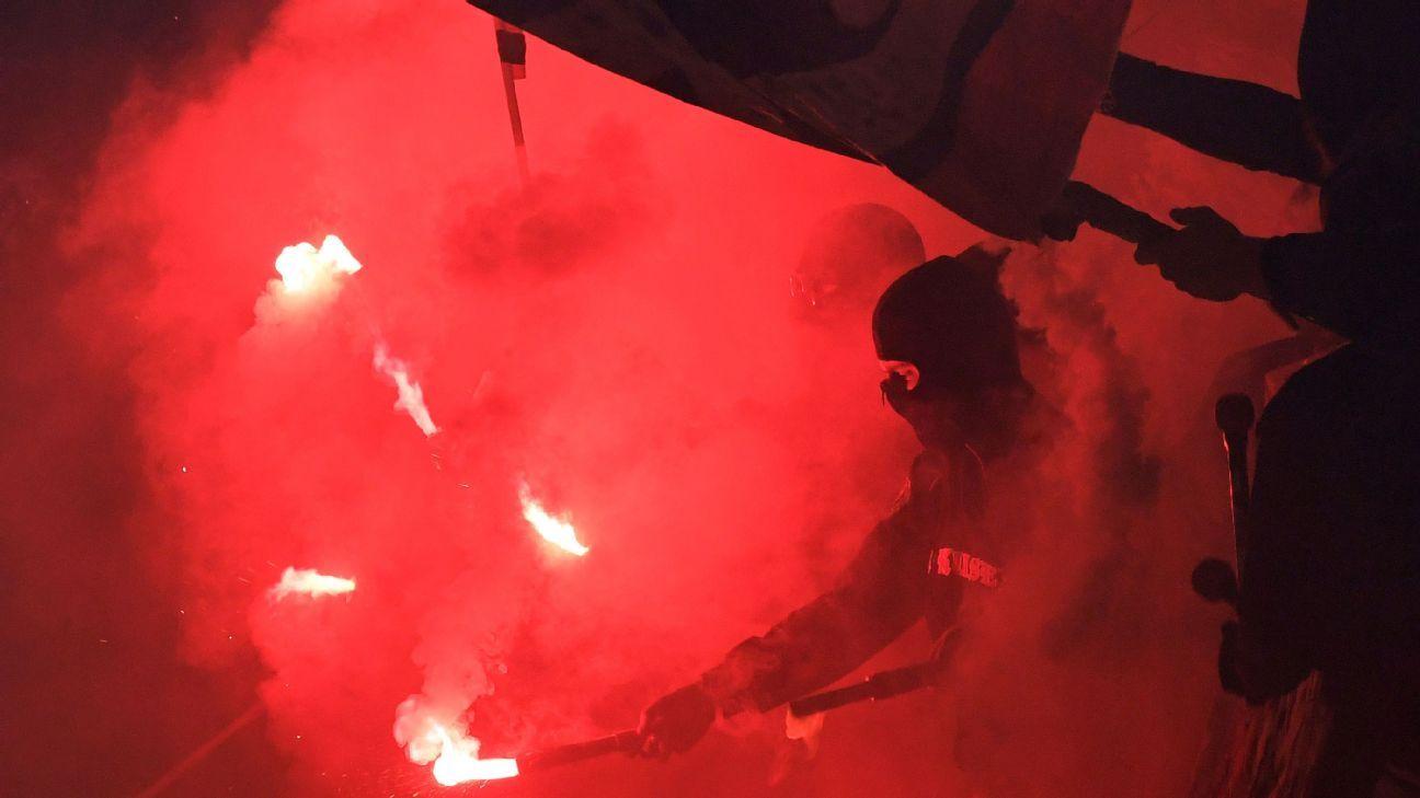 Bayer Leverkusen fans v Monchengladbach