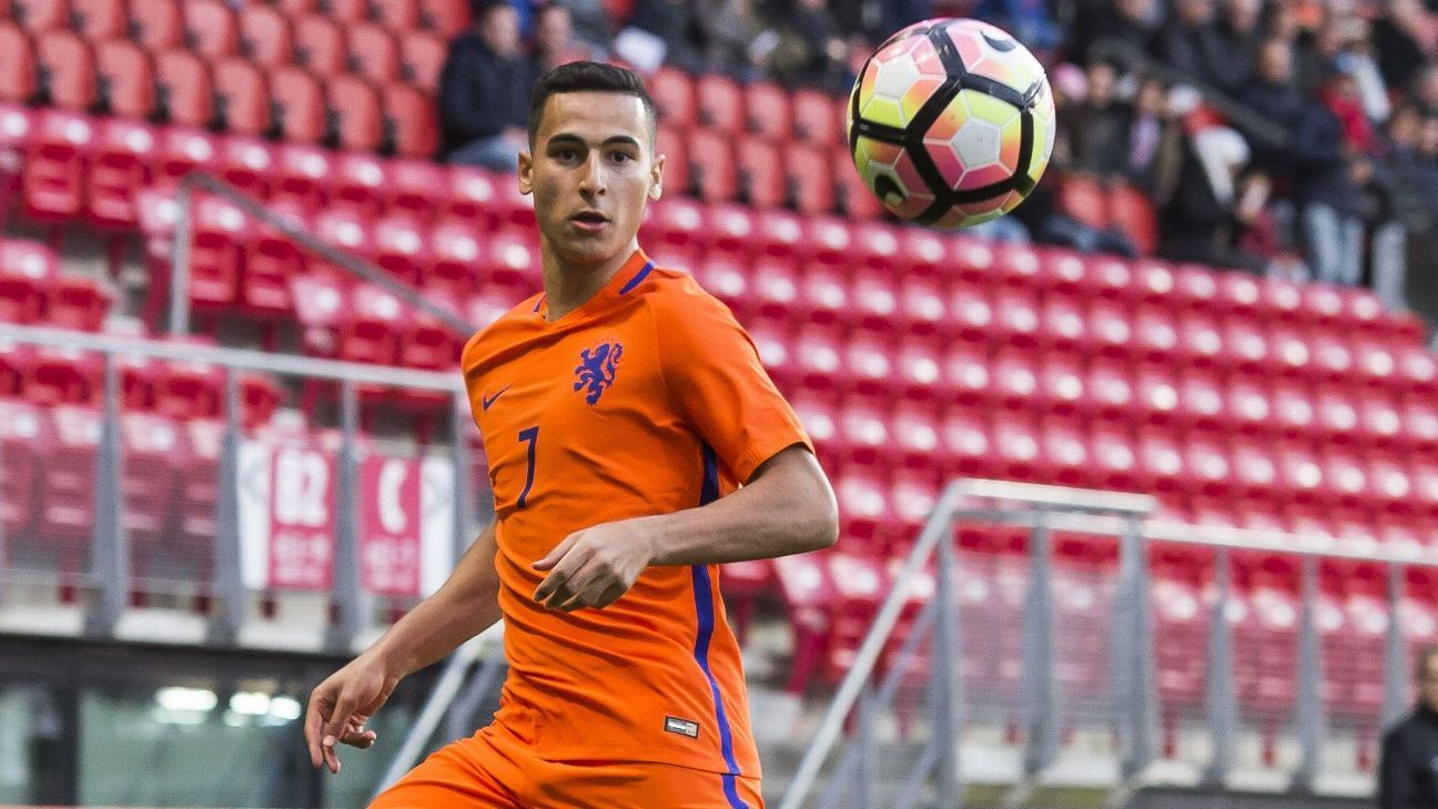 Anwar El Ghazi in action for the Netherlands