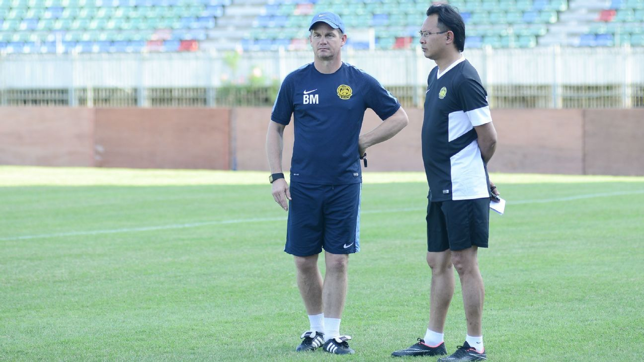 Malaysia coaches Ong Kim Swee and Brad Maloney