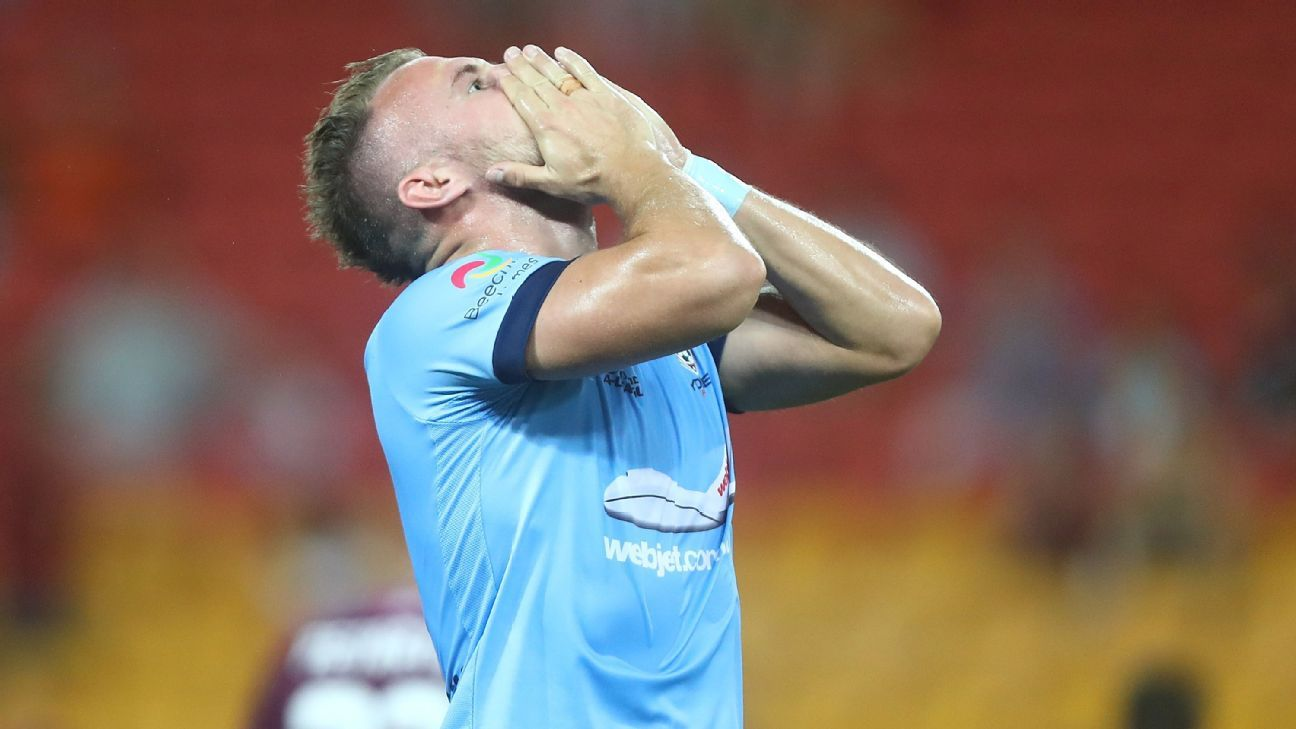 Sydney FC's Jordy Buijs missed a penalty in the first half.