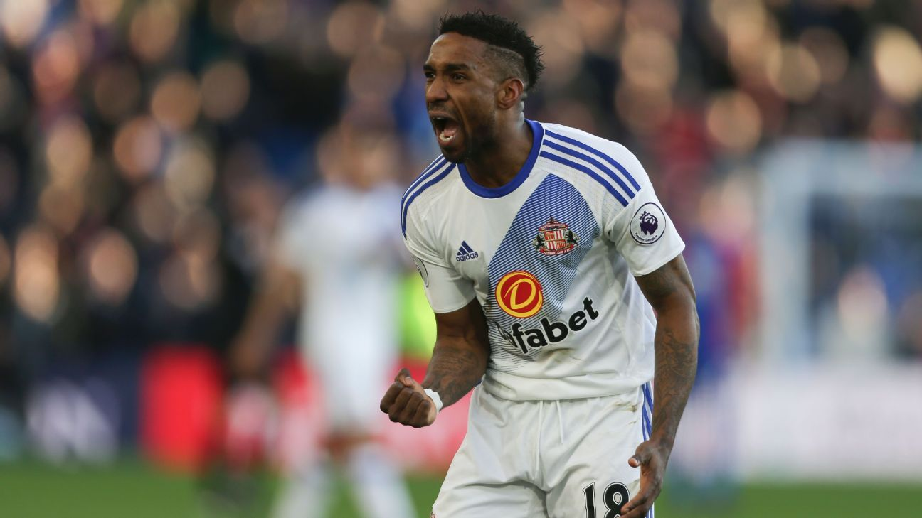 Jermain Defoe scored a brace for Sunderland.