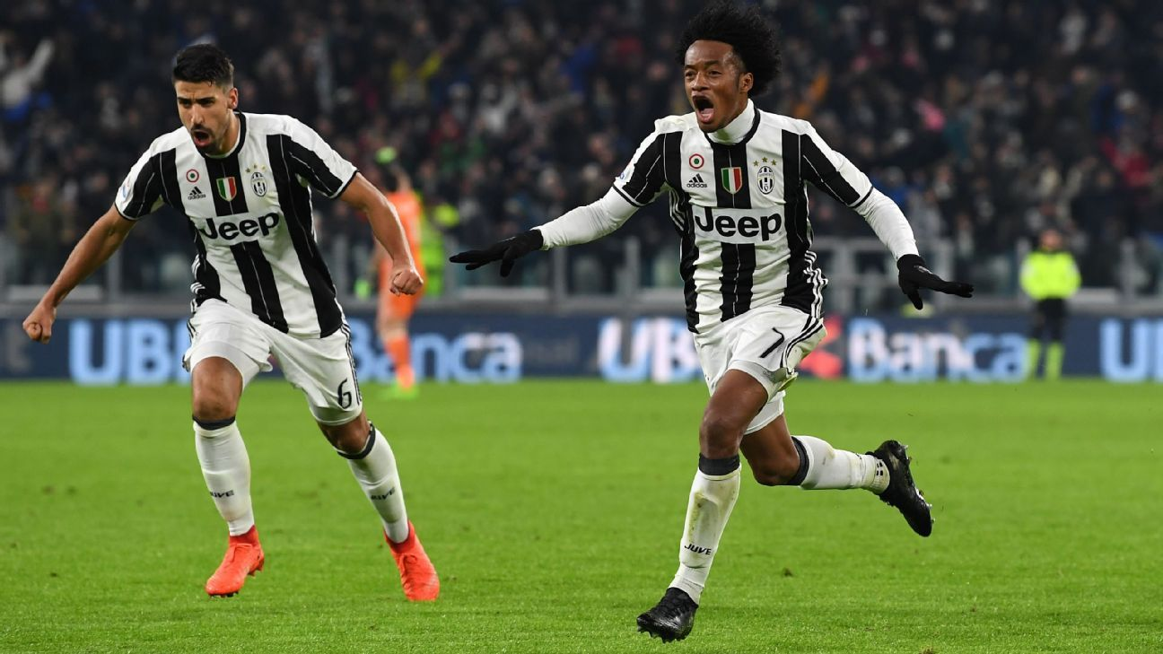 Juan Cuadrado celebrates his goal in Juventus' 1-0 defeat of Inter Milan on Sunday.