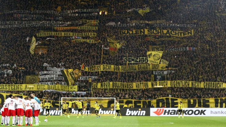 fan violence derogatory banners have borussia dortmund in hot water with german fa espn fc. Black Bedroom Furniture Sets. Home Design Ideas