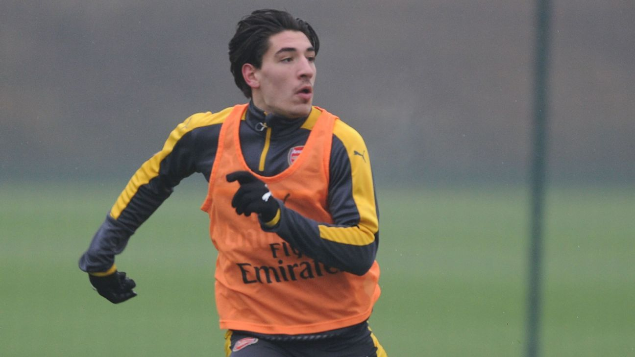 Hector Bellerin: Arsenal's formation switch to 3-4-3 hasn't favoured me