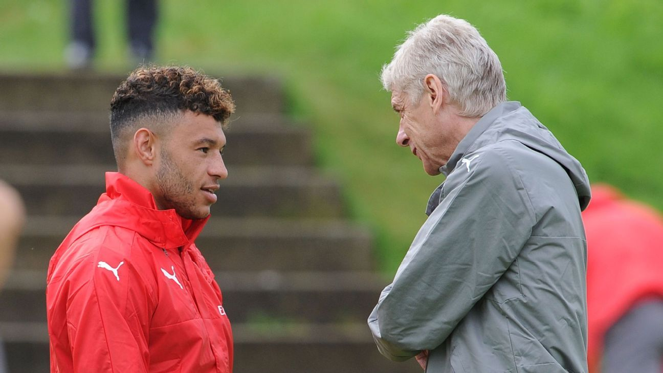Arsenal should sell Oxlade-Chamberlain if no new deal is agreed