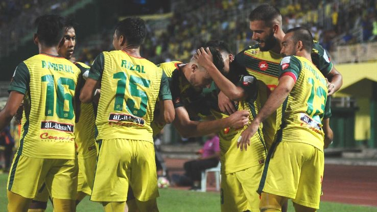 Ilso and Kedah celebrate vs Pahang