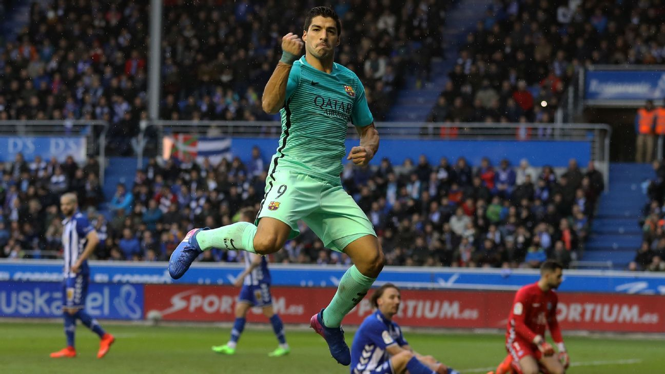 Luis Suarez scored twice for Barcelona against Alaves.