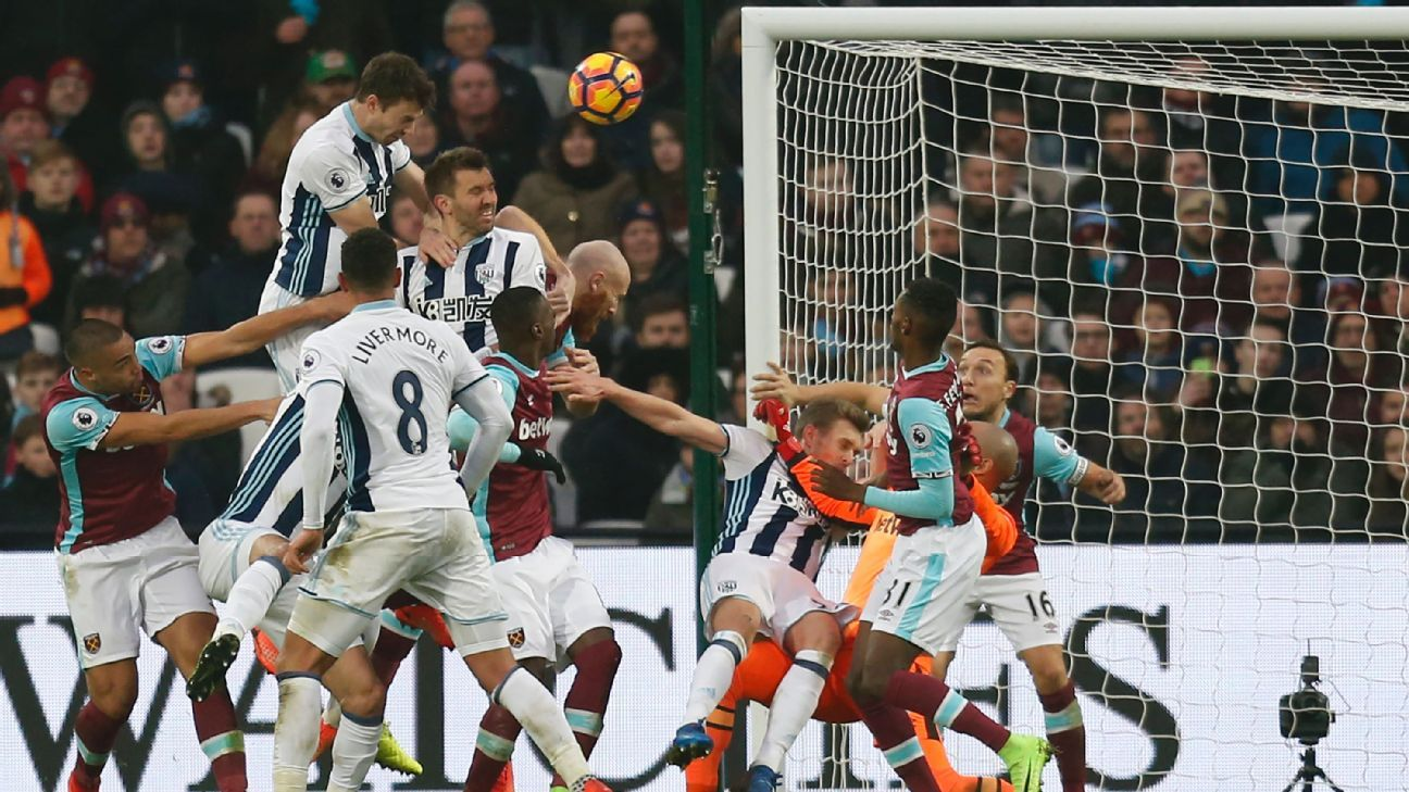 Jonny Evans' late equaliser ensured a 2-2 draw on Saturday.