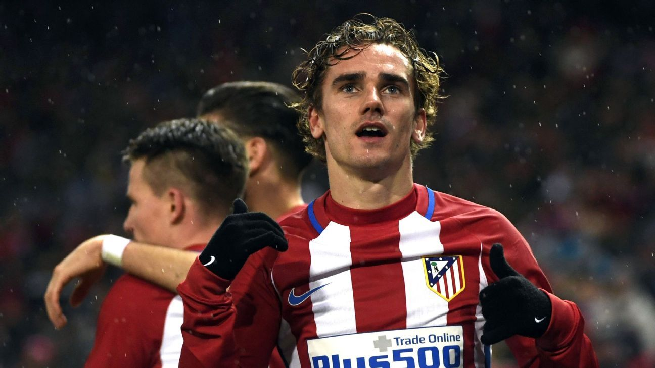Antoine Griezmann celebrates his winner against Celta Vigo on Sunday.