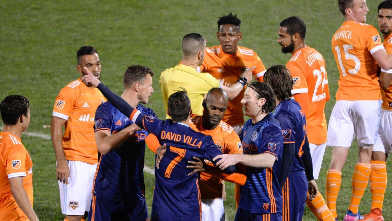 NYCFC's David Villa sees red for slap on A.J. DeLaGarza after VAR used