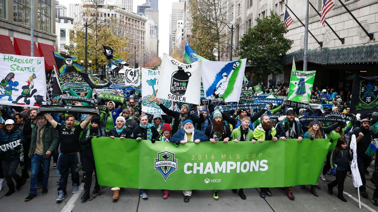 Seattle fans MLS Cup parade