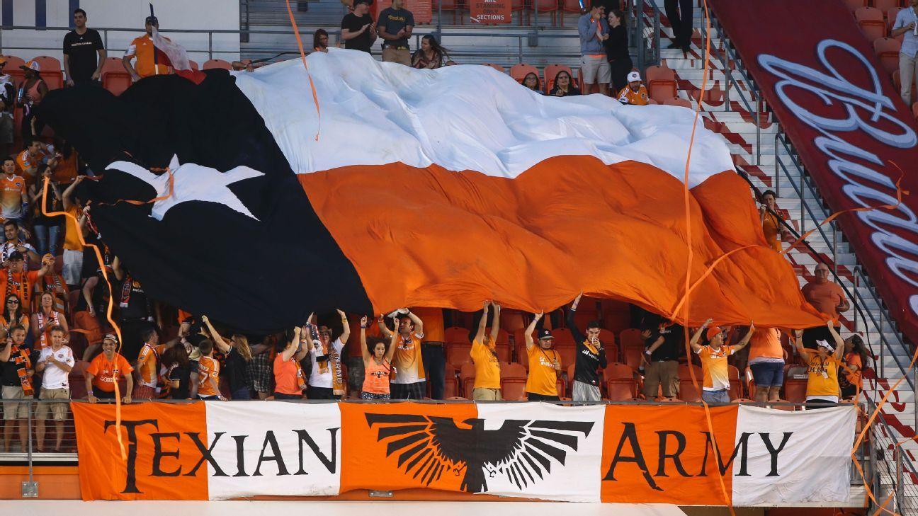Houston Dynamo fans 2
