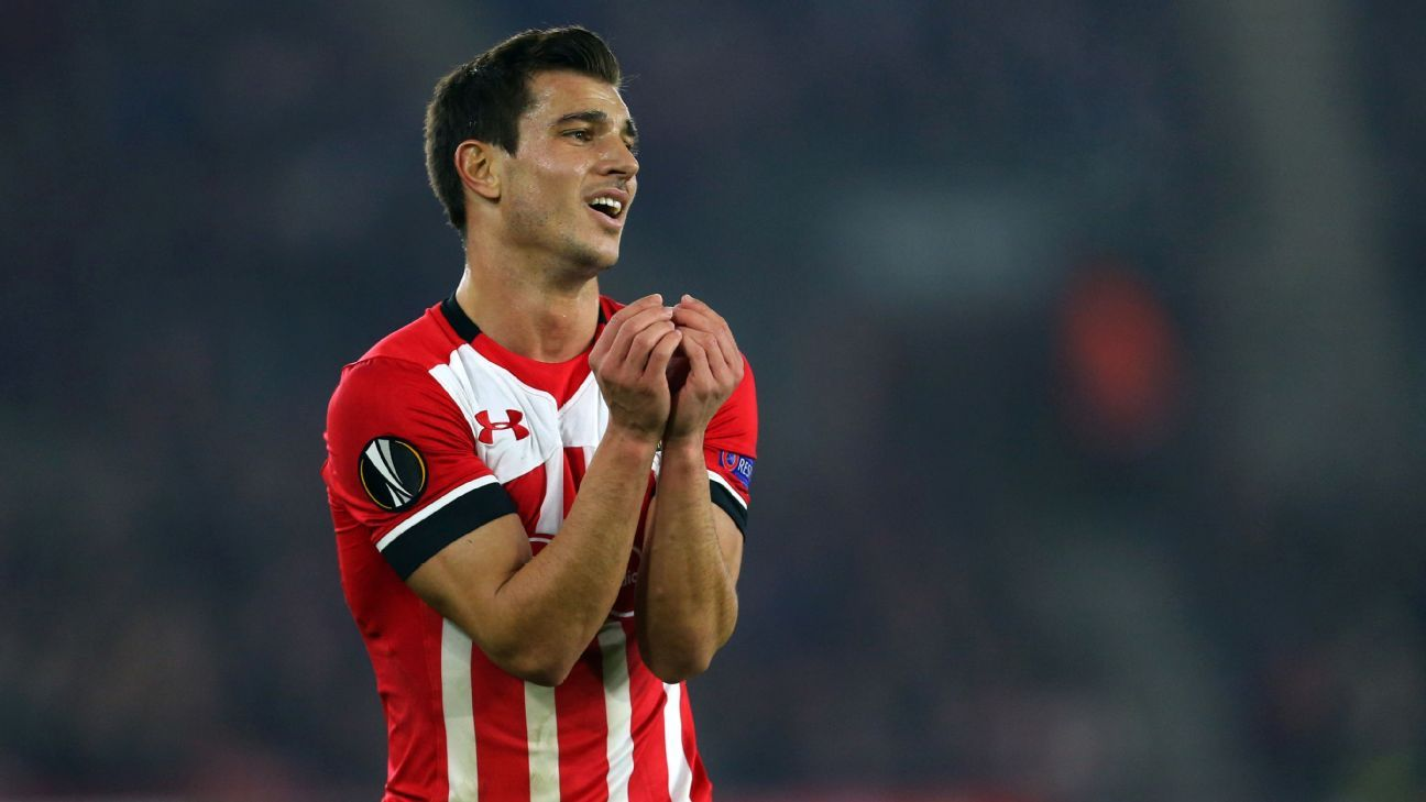 Barca identify Southampton's Cedric Soares as solution to right-back issue