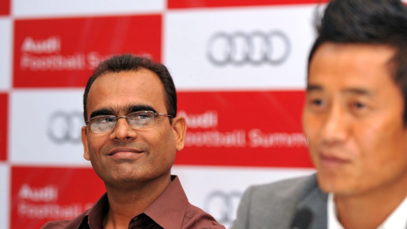 Savio Medeira, during his time as Indian national team coach, during a 2012 press conference alongside former captain Bhaichung Bhutia.